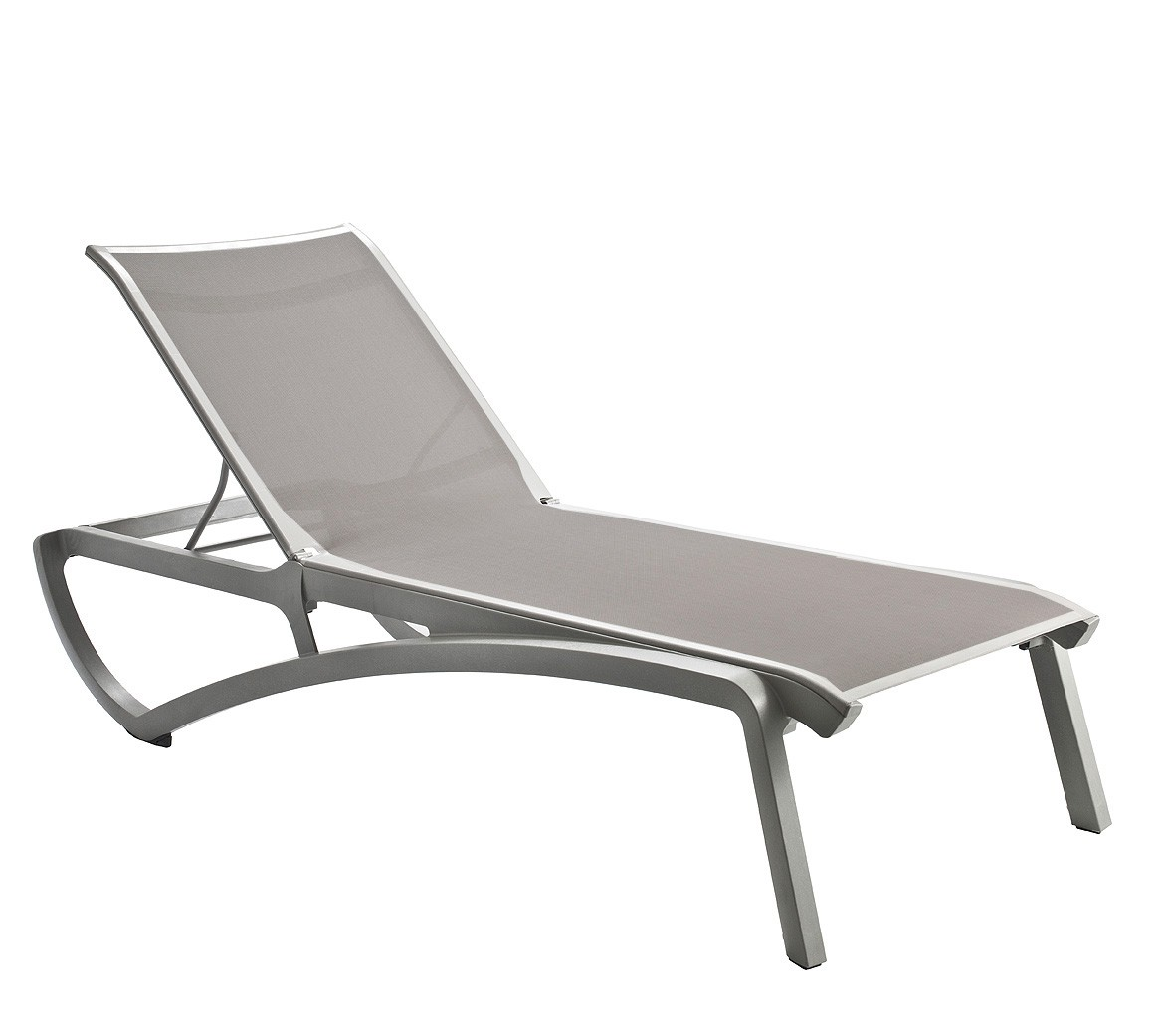 Chaise lounger chair